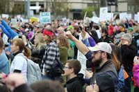 Thousands rally for pro-science policy and funding
